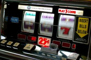 Trik Meraih Keuntungan di Mesin Slot Dari House Edge Casino